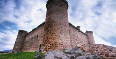 Castillo de Valdecorneja en El Barco de Ávila,
